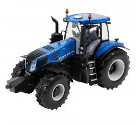 Britains 43007 New Holland T8 Tractor image