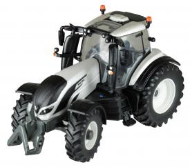 Britains Valtra T4 Tractor  image