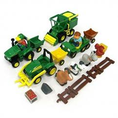 Britains Fun on the Farm Playset image